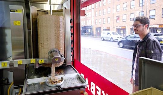 Deze kebabrobot is de lekkerste uitvinden van de week