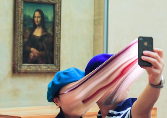 Fotoserie laat zien hoe verslaafd we aan telefoons zijn