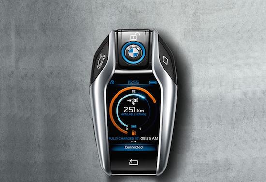 BMW i8 heeft de autosleutel van de toekomst