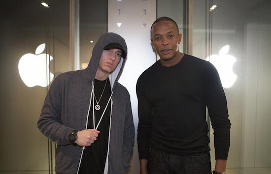 Apple-topman Dr. Dre brengt na 16 jaar nieuw album uit