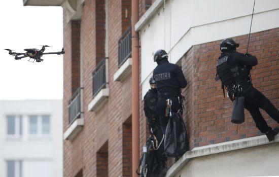 Drone bewapend politie