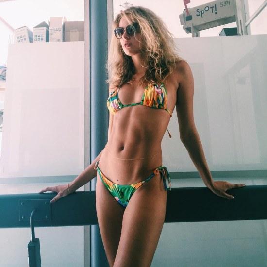 Pussy Hot Lucette van Beek  naked (26 foto), 2019, cleavage