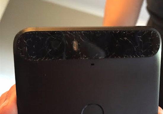 Foto's van de gebroken glasdelen