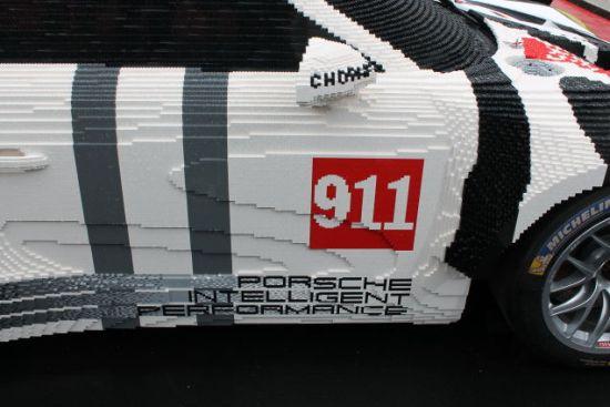 Porsche lego zijkant