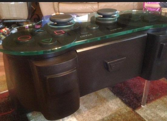 Laat je Playstation-liefde zien met deze koffietafel