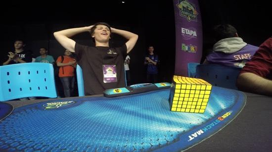 Nieuw record voor de 7x7 Rubik