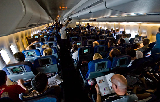 Zo kun je eindelijk slapen aan boord van een vliegtuig