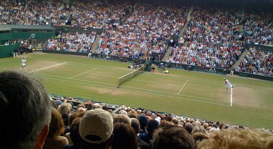 Selfies op Wimbledon? Prima, maar dan wel zonder selfiestick