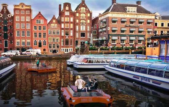 Roboats gaan varen in Amsterdam
