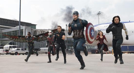 Captain America duikt op in nieuwe trailer