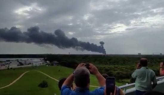 SpaceX explosie gooit ruiten van Facebook in