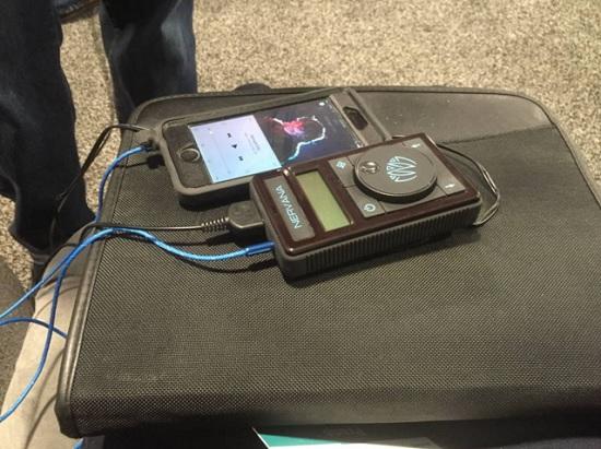 Koptelefoon generator