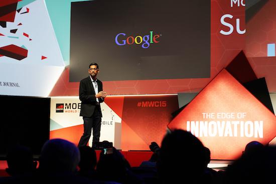 Sundar Pichai schaart zich achter Tim Cook