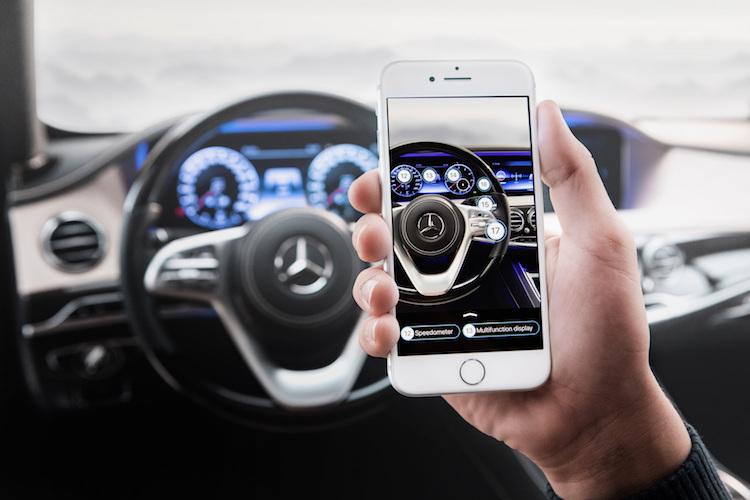 Mercedes maakt boekjes lezen overbodig met nieuwe app