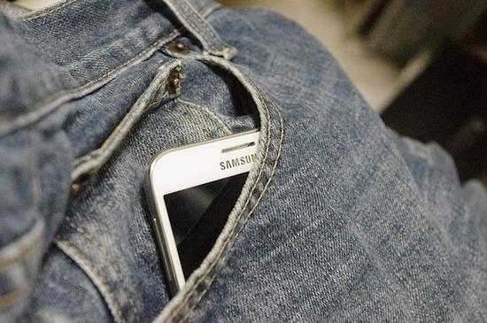 Samsung in broekzak