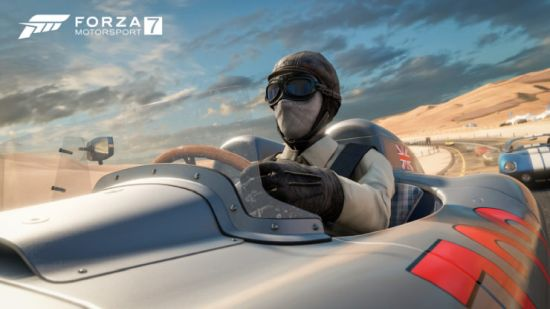Jazeker, ouderwetse rij-brillen zijn zoals oude automodellen gewoon beschikbaar in Forza 7