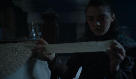 Het briefje drijft de Stark-zussen nog verder uit elkaar