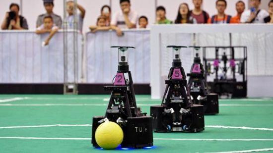 Voetballende robots... jazeker