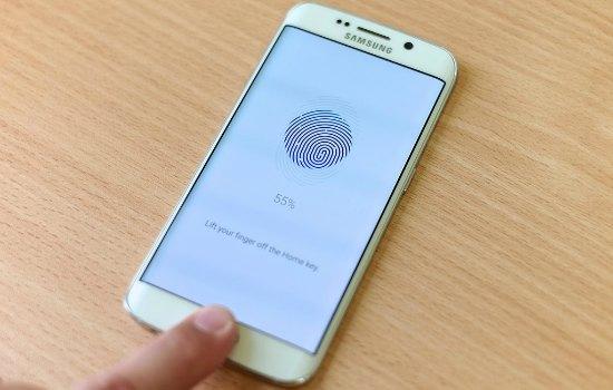 Vingerafdrukscanner van Samsung zorgt voor ongelijke helderheid