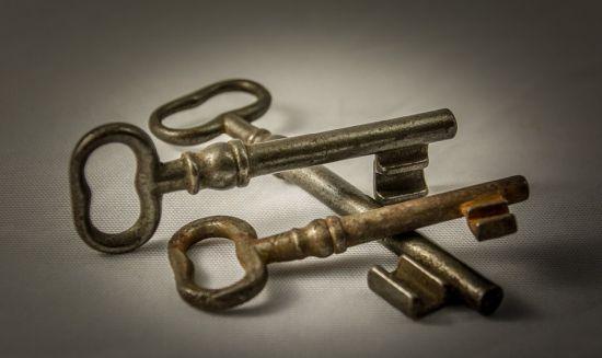 Het zal er ietsje anders uitzien dan deze sleutels, maar je snapt het idee...