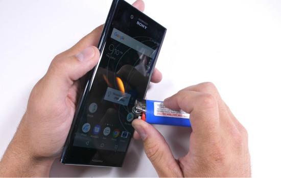 Sony Xperia XZ Premium teardown