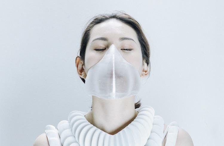 Met dit masker kun je onderwater ademen