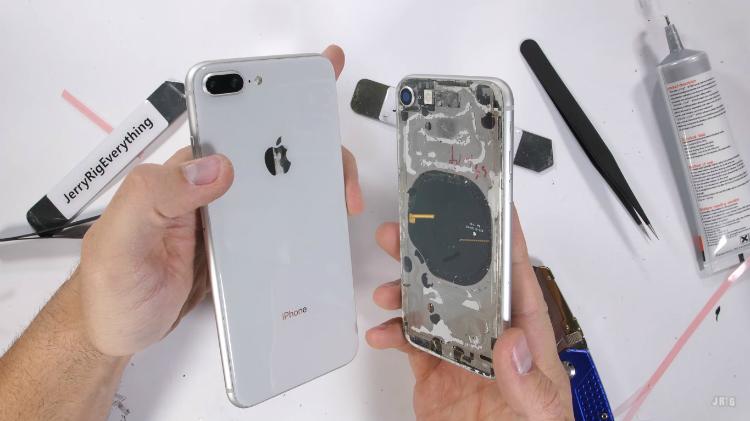 iPhone glazen achterkant vervangen