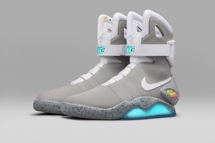 Nike komt met goedkopere zelfstrikkende schoenen