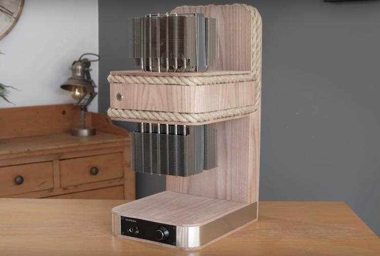 Deze PC is gemaakt van hout en touw