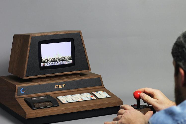 Designer komt met ode aan de Commodore PET