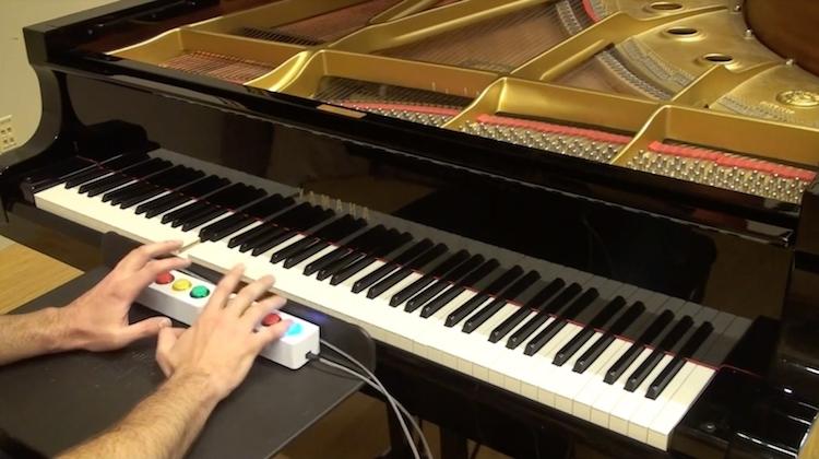 Zo kun je als noob piano spelen als een pro [video]