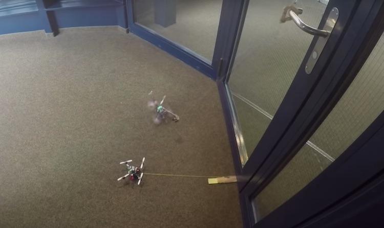 Deze kleine drones kunnen deuren openen [video]