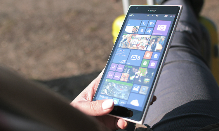 Microsoft laat Windows Mobile 10 vallen