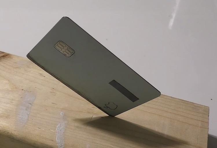 Apple creditcard ook te gebruiken als steekwapen