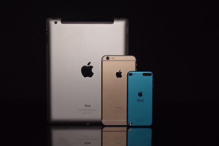 De iPod Touch tussen zijn generatiegenoten