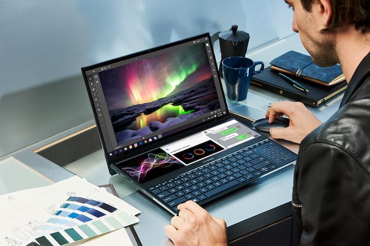 Deze nieuwe ZenBook komt met twee 4k touchscreens
