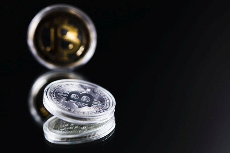 Koers Bitcoin en koersen Altcoins beginnen slecht aan juli