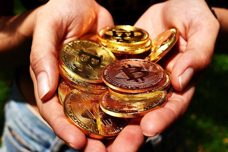 bitcoin-koersen-stijgen-gestaag
