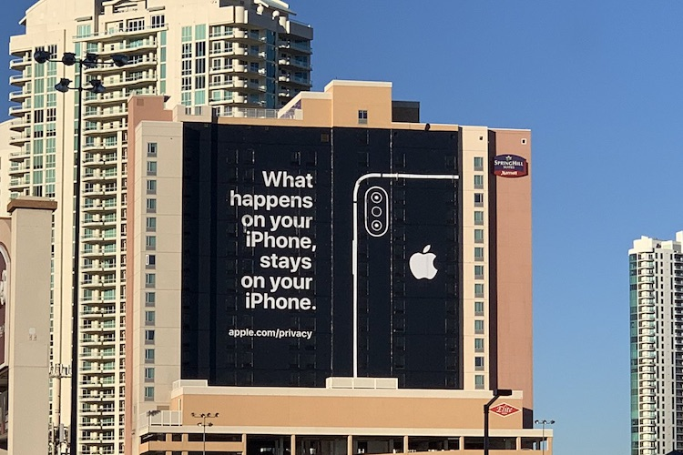 Apple pest concurrentie met dit dure billboard