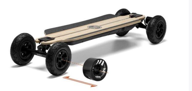 elektronisch-skateboard-evolve-bamboe-gtr