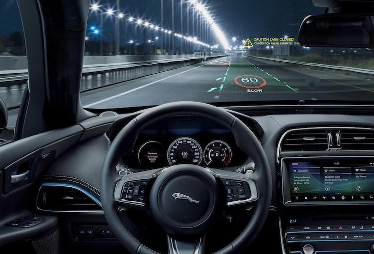 Dit is het nieuwe 3D head-up display van Jaguar Land Rover