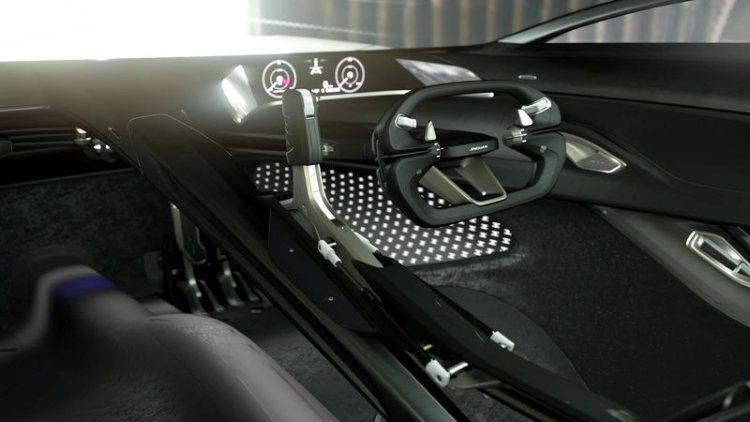 jaguar-vision-gran-turismo-coupe-interieur
