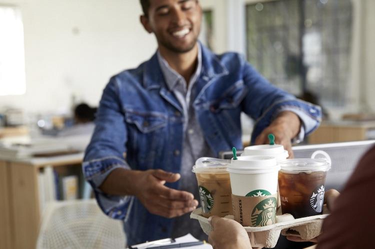 Lekker: Starbucks brengt koffie naar huis
