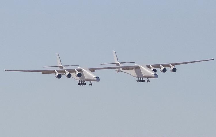 Grootste vliegtuig ter wereld maakt vliegdebuut