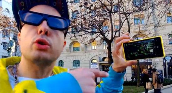 Rapper is blij met zijn Nokia Lumia 920